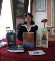Автор и ведущая цикла литературных встреч – Мария Леонидовна Рубцова, референт наместника монастыря по научной работе