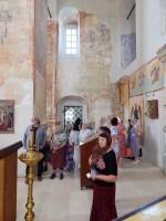 Посетители Димитриевской выставки в Спасском храме Спасо-Яковлевского монастыря. Июнь-август 2018 г.