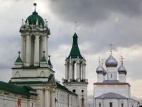 Спасский храм в ансамбле Спасо-Яковлевского монастыря