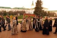 Крестный ход с Плащаницей. Спасо-Яковлевский Димитриев монастырь, 29 апреля 2016 г.