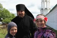 Завершение праздничного крестного хода в Спасо-Яковлевском монастыре 5 июня 2018 года.