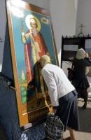Икона св. кн. Владимира на паперти Дмитровского храма