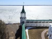 Вид на юго-восточную башню с колокольни