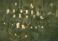 Женская бригада одного из ростовских предприятий. Первая половина 1940-х годов.