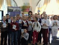 Одно из занятий с детьми на выставке о св. Димитрия в Ростовской библиотеке