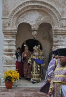 Выход митрополита Пантелеимона из Спасского храма