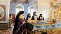 Совершение Высокопреосвященнейшим Пантелеимоном архиепископом Ярославским и Ростовским Всенощного бдения в Спасо-Яковлевском монастыре, 2011 год