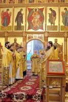Богослужение митрополита Пантелеймона в Яковлевском храме Спасо-Яковлевского монастыря 10 декабря 2017 года.