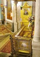 Рака святителя Димитрия Ростовского в храме, построенном в его честь