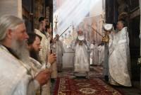 Божественная Литургия в Успенском соборе в день Собора Ростово-Ярославских святых