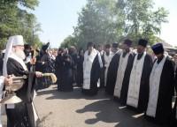 Крестный ход из Успенского собора в Спасо-Яковлевский Димитриев монастырь