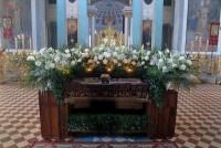 Плащаница в Димитриевском соборе Спасо-Яковлевского монастыря. 10 апреля 2015 г.
