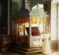 Рака Святителя Димитрия Ростовского в храме Свт. Димитрия Спасо-Яковлевского монастыря. Фото Прокудина-Горского, 1911 год.