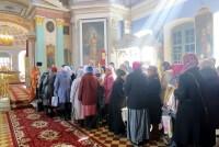 Завершение богослужения в Димитриевском соборе Спасо-Яковлевского монастыря 13 апреля 2015 года.