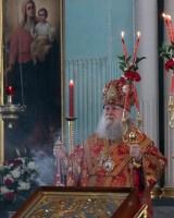 Божественная Литургия в Димитриевском соборе Спасо-Яковлевского монастыря 13 апреля 2015 года.