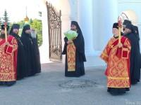 Встреча крестного хода в Спасо-Яковлевском монастыре. 5 июня 2019 года.