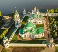 Спасо-Яковлевский монастырь: вид сверху. Фото Вадима Разумова. 2018.