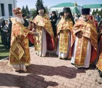 Крестный ход в Спасо-Яковлевском монастыре в Светлый понедельник, 29 апреля 2019 г.