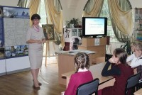 Занятие с детьми в Ростовской библиотеке