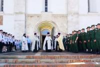 Встреча ковчега с мощами святого князя Александра Невского в Успенском соборе Ростова 15 июня 2021 года