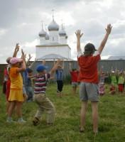 игры на свежем воздухе 09.07.2011 на детском празднике в обители