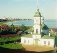 Церковь на месте убиения свят. Леонтия. Вид с колокольни Спасо-Яковлевского монастыря. 1911 г