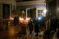 Димитриевский храм. В ожидании Пасхальной службы.
