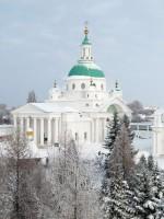 Вид на Димитриевский собор со смотровой площадки
