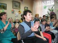 Рождественский праздник в Ростовском центре социальной помощи