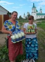 Вкусные подарки от монастырского социального центра