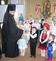 Поздравление игуменом Августином участников Пасхального концерта