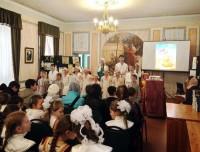 Выступление учащихся монастырской Воскресной школы на детском Пасхальном празднике 3 мая 2015 г.