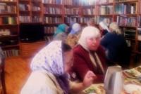Женщины-труженицы монастыря