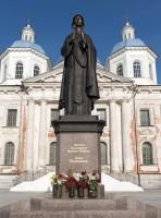 Памятник св. Анны Кашинской, поставленный в июне 2009 года в год 100-летнего юбилея возобновления почитания святой княгини.