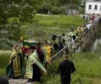 Ежегодный крестный ход в Кашине с мощами св. Анны в день ее памяти 25 июня.